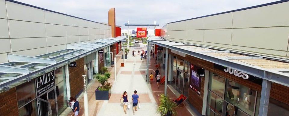 centre-commercial-carre-dor-agence-shops